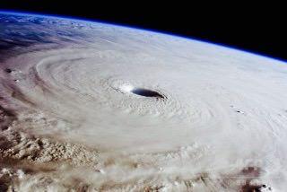 台風13号接近中